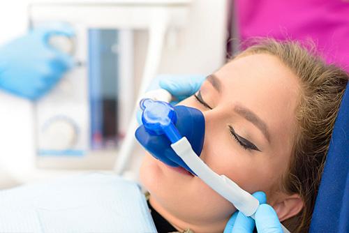 Lachgas Zahnarzt Dr. Büttner in Hildisrieden
