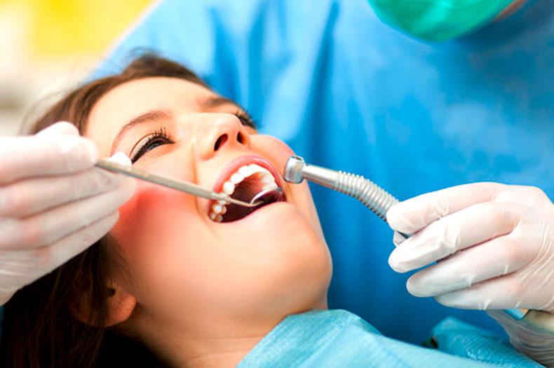 Lachgas in der Zahnarztpraxis Dr. Büttner in Hildisrieden