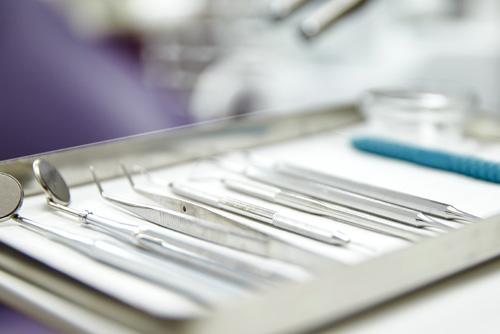 Zahnersatz in der Zahnarztpraxis Dr. Büttner in Hildisrieden